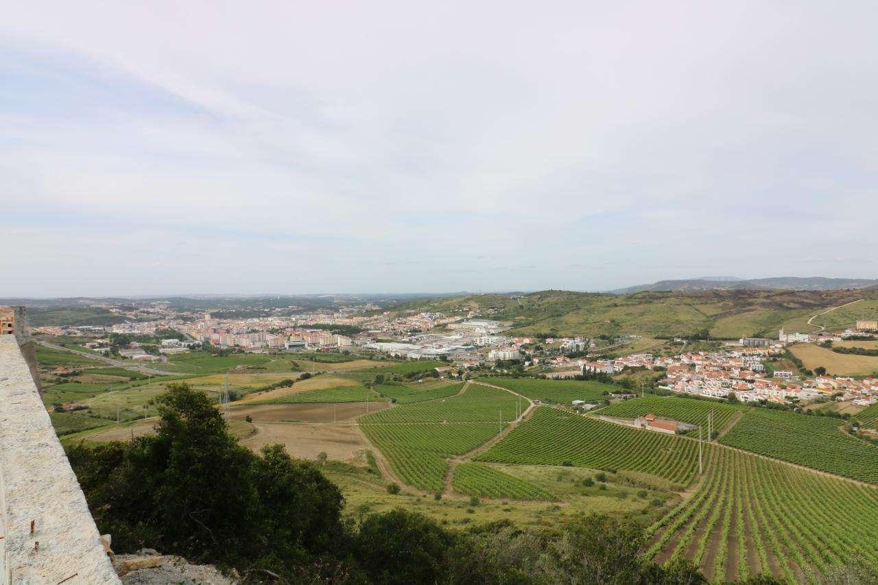 Terreno para comprar, Torres Vedras (São Pedro, Santiago, Santa Maria do Castelo e São Miguel) e Matacães, Lisboa - Foto 1