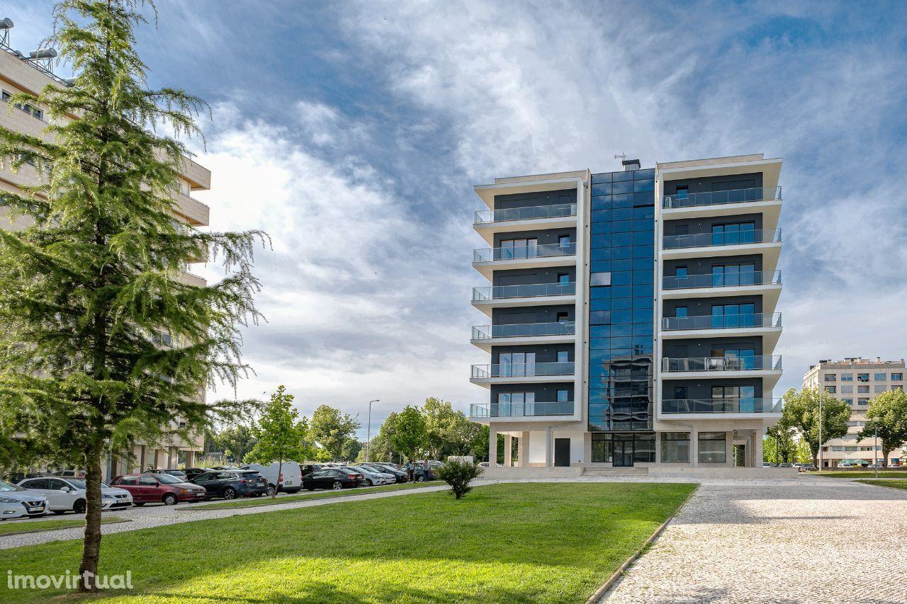 Apartamento T2 Duplex de Luxo com terraço e garagem fechada - Viseu
