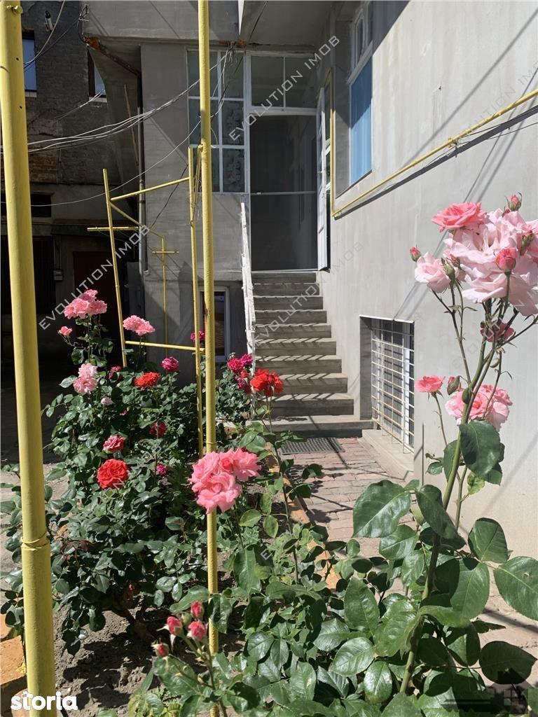 Apartament 4 camere| Zona Balcescu