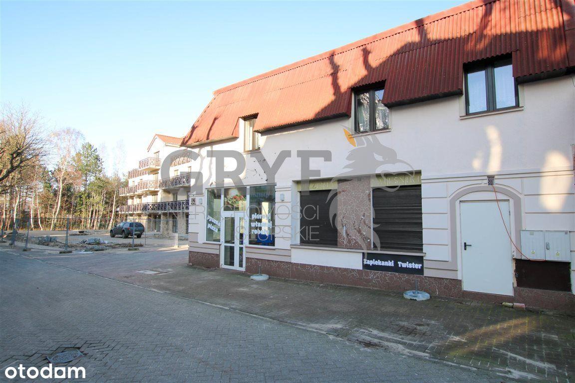 Lokal użytkowy, 240 m², Rowy
