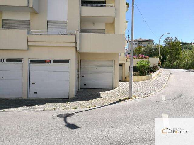 Garagem para comprar, Leiria, Pousos, Barreira e Cortes, Leiria - Foto 2