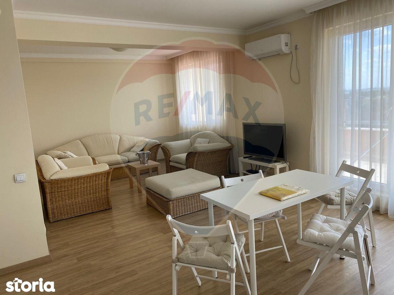 Apartament tip penthouse 3 camere de inchiriat in Iancu Nicolae