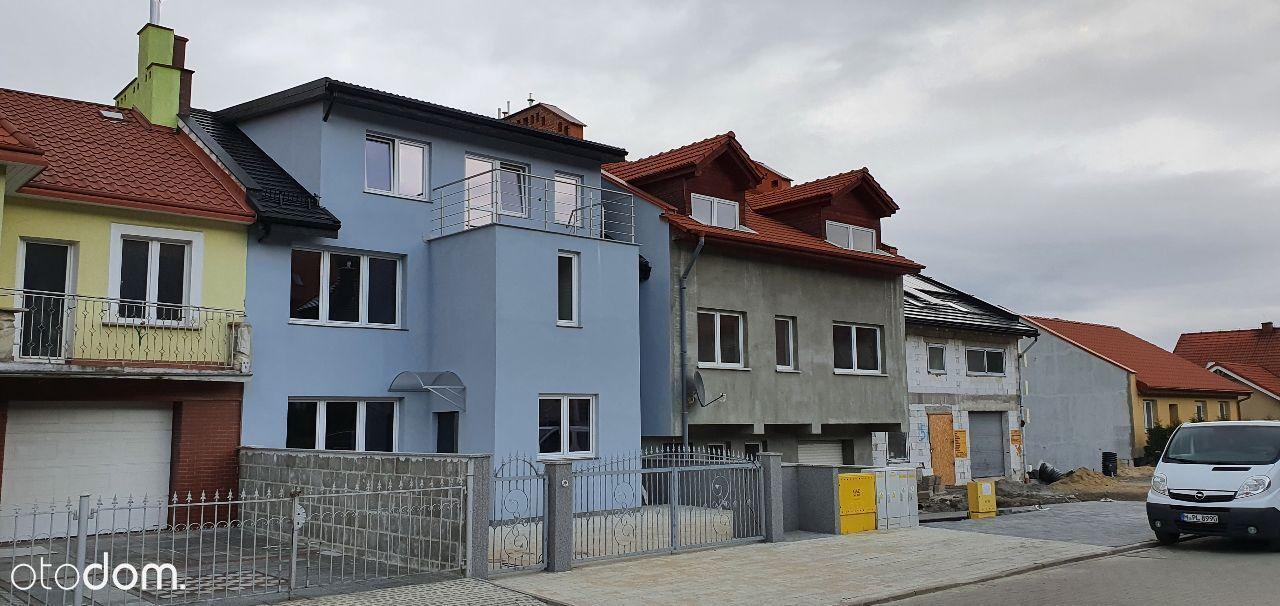 Nowy Dom dwurodzinny podzielony na 2 mieszkania