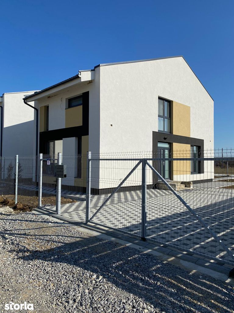 Casa cu etaj in Cartier Riviera - Oradea