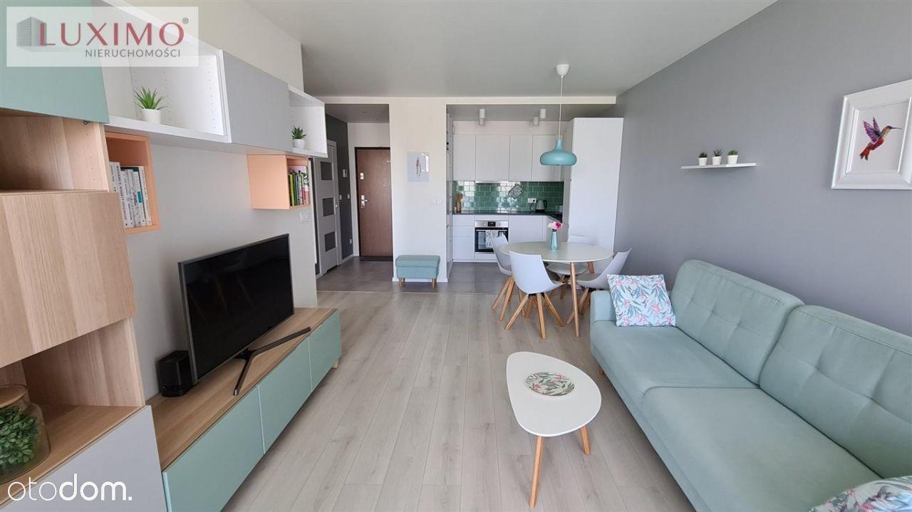 2 pokoje | duży balkon | 49,17 m2 | Cystersów |