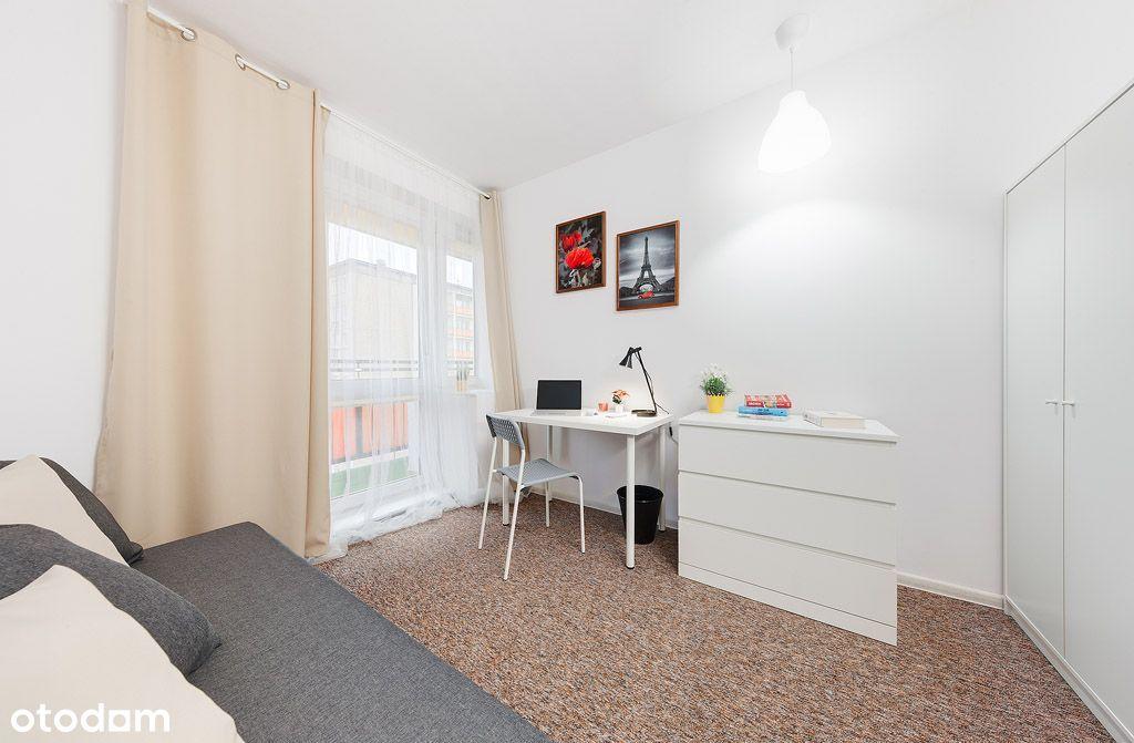 Bardzo ładny nowy pokój z balkonem na Winiarach