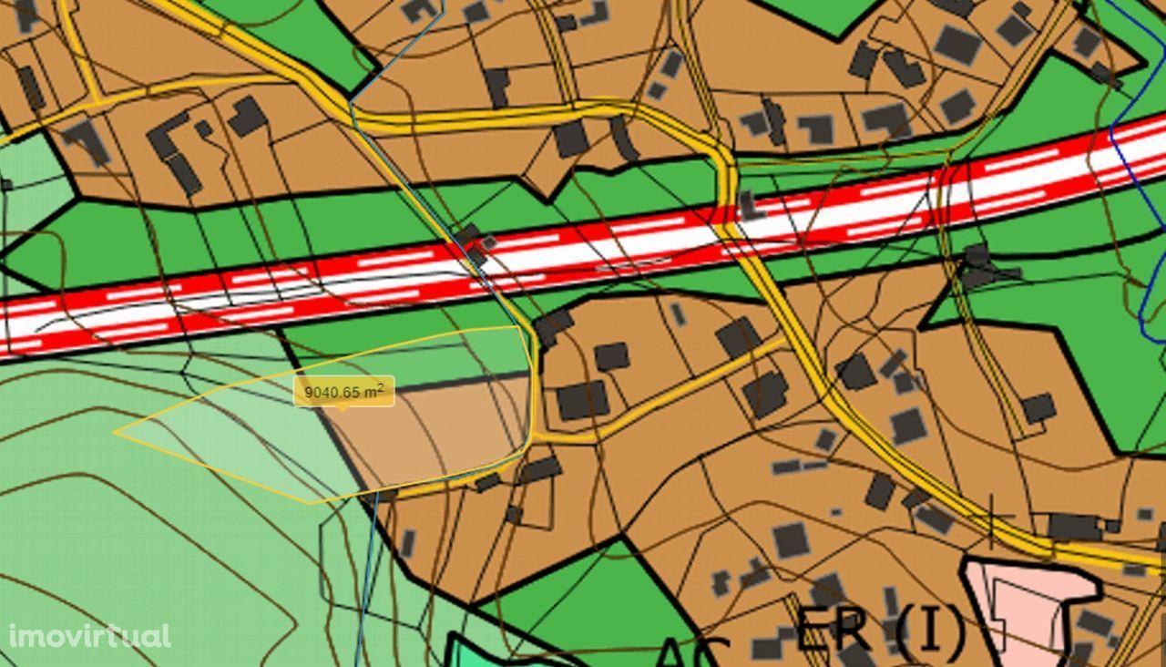 Terreno em Carvalhal para construção