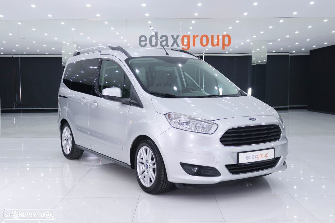 Ford Tourneo Courier 1.5 TDCi Titanium - 1