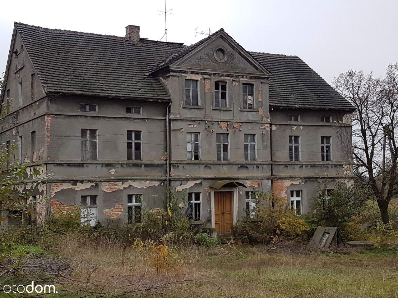 Dom / willa / dwór / gospodarstwo Różyniec