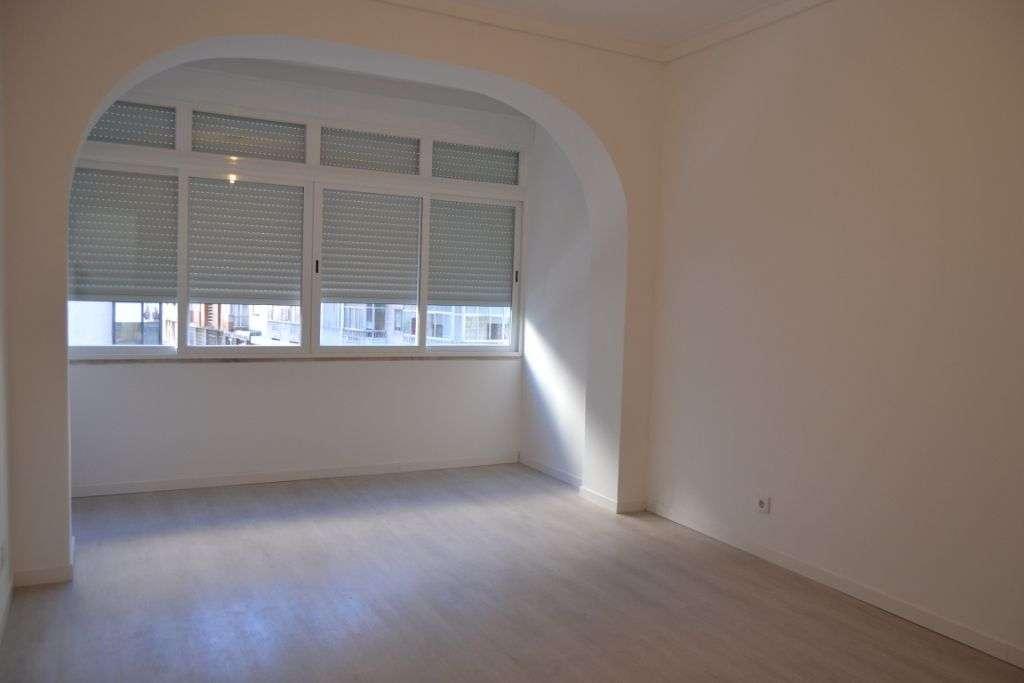 Apartamento para comprar, Avenida dos Bons Amigos, Agualva e Mira-Sintra - Foto 3
