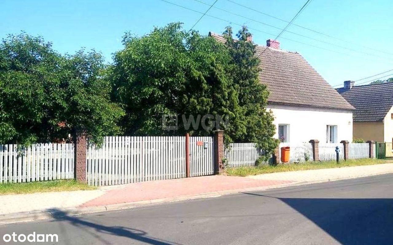 Dom, 104 m², Siedlisko
