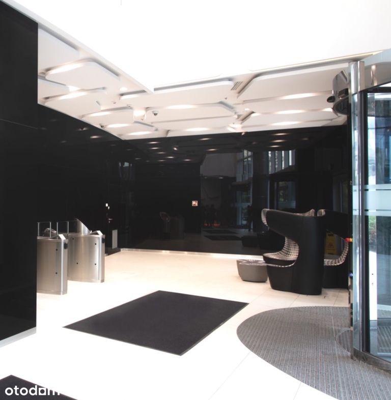 Do wynajęcia całe piętro w centrum biznesowej Woli