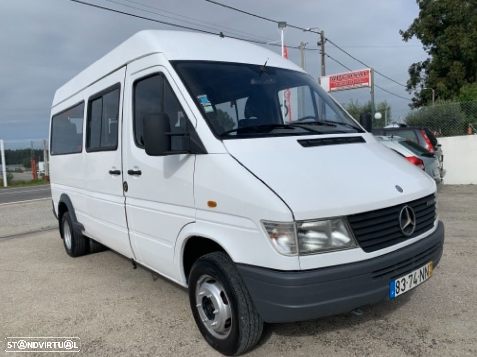 Mercedes Benz Sprinter 412 D  13 lugares - 10