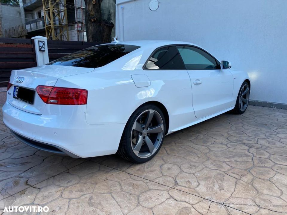 Audi A5 Coupe - 5