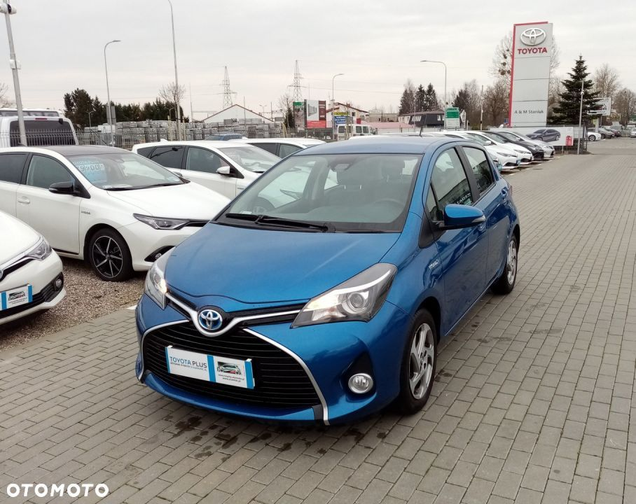 Toyota Yaris 113. Toyota Yaris Hybrid 100 Premium+City+Design+Safety - 1
