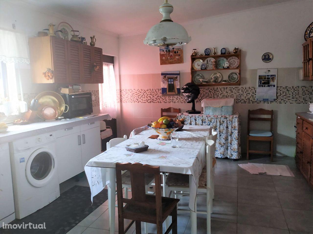 Casa térrea (T3) | Selmes