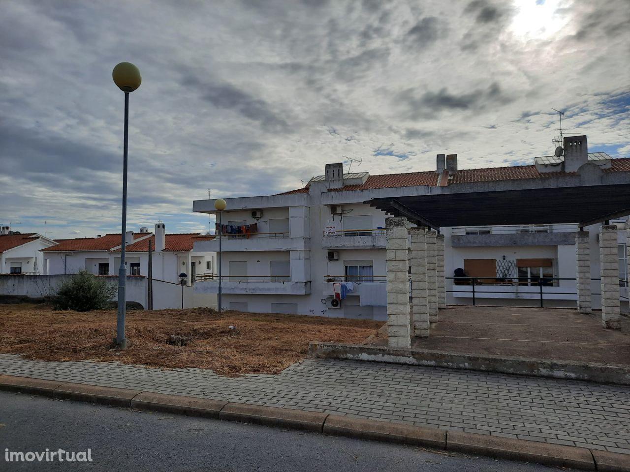 Terreno Urbano | Zona do Mourasol | Moura