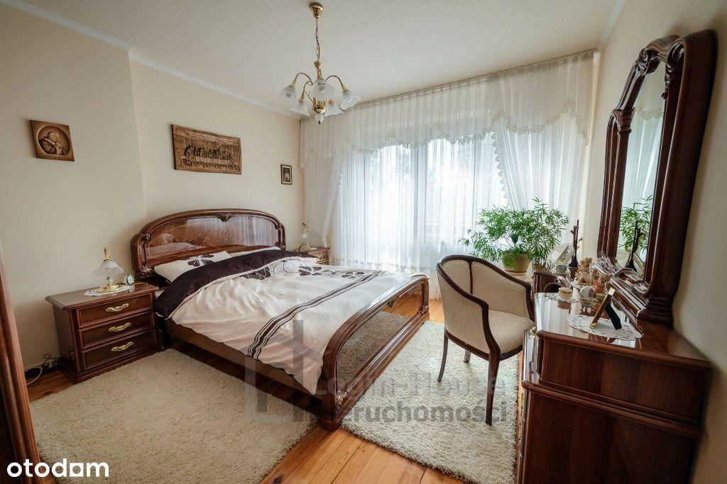 Dom na sprzedaż w bardzo dobrej lokalizacji!