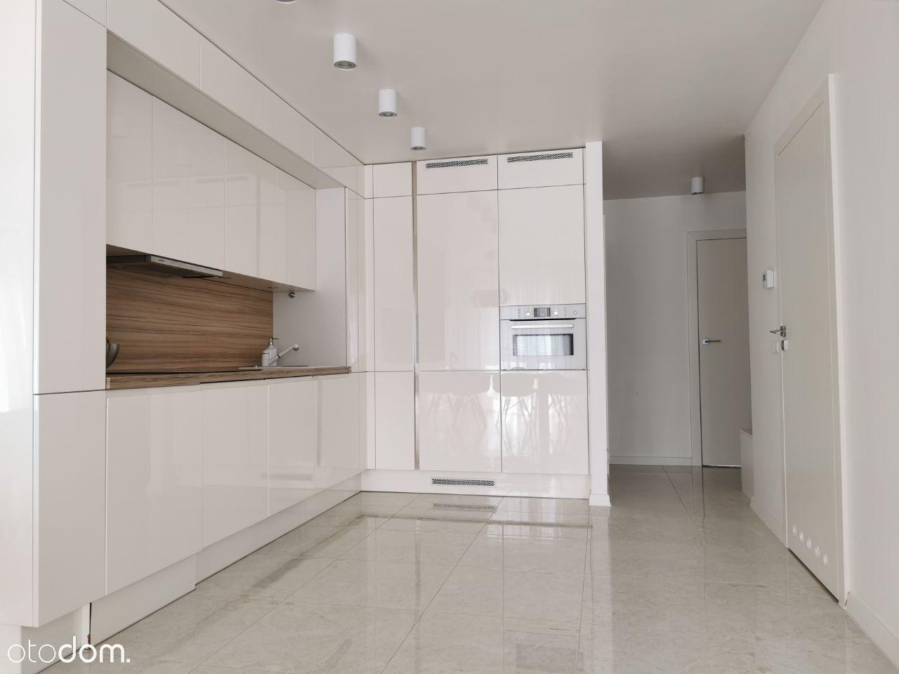 Nowoczesne mieszkanie 65m z komórką lokat. Zalesie