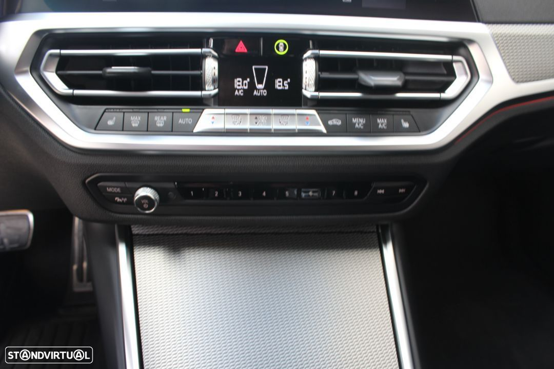 BMW 320 d Touring Pack M Auto - 36
