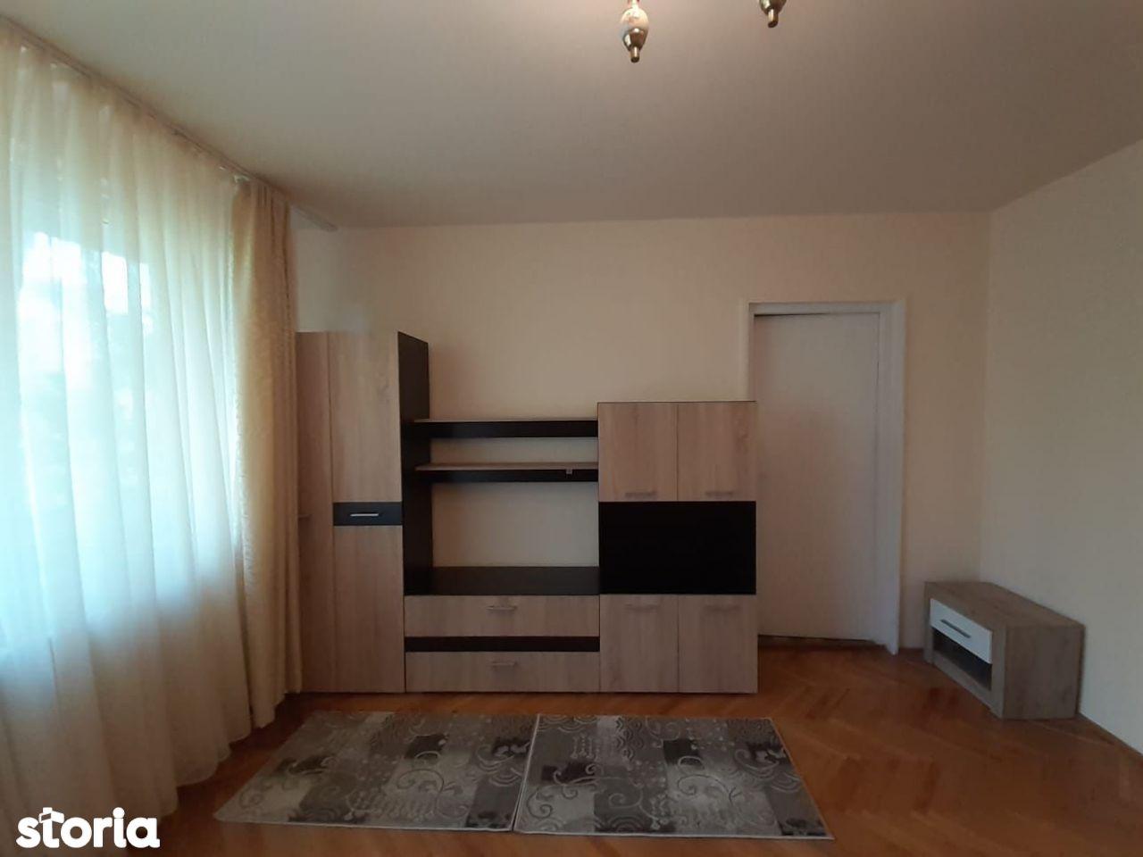 Apartament cu 3 camere de inchiriat in cartierul Gheorgheni
