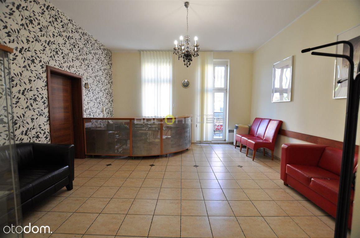 Lokal użytkowy, 103,40 m², Katowice