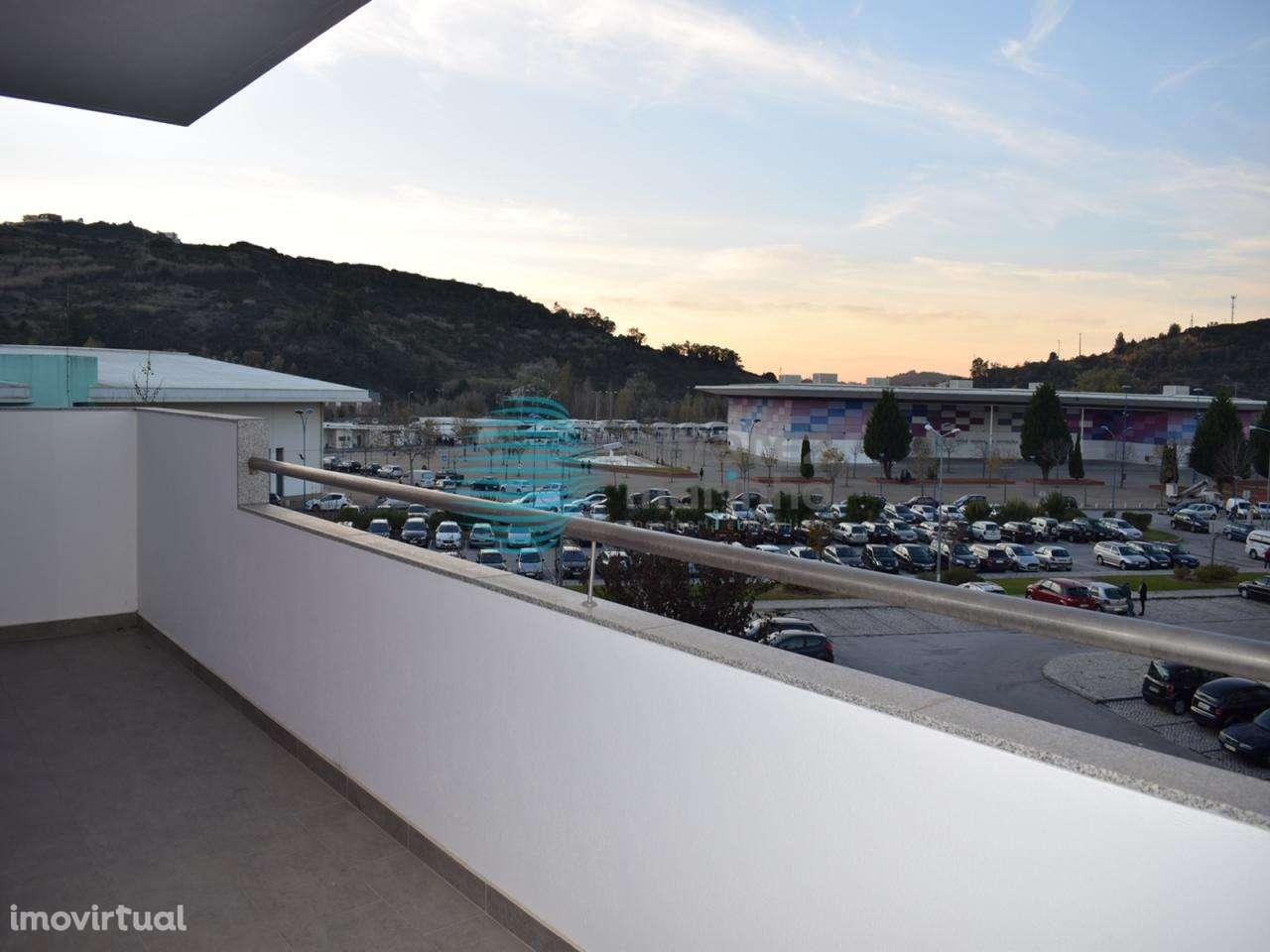 Escritório para arrendar, Torres Vedras (São Pedro, Santiago, Santa Maria do Castelo e São Miguel) e Matacães, Lisboa - Foto 24
