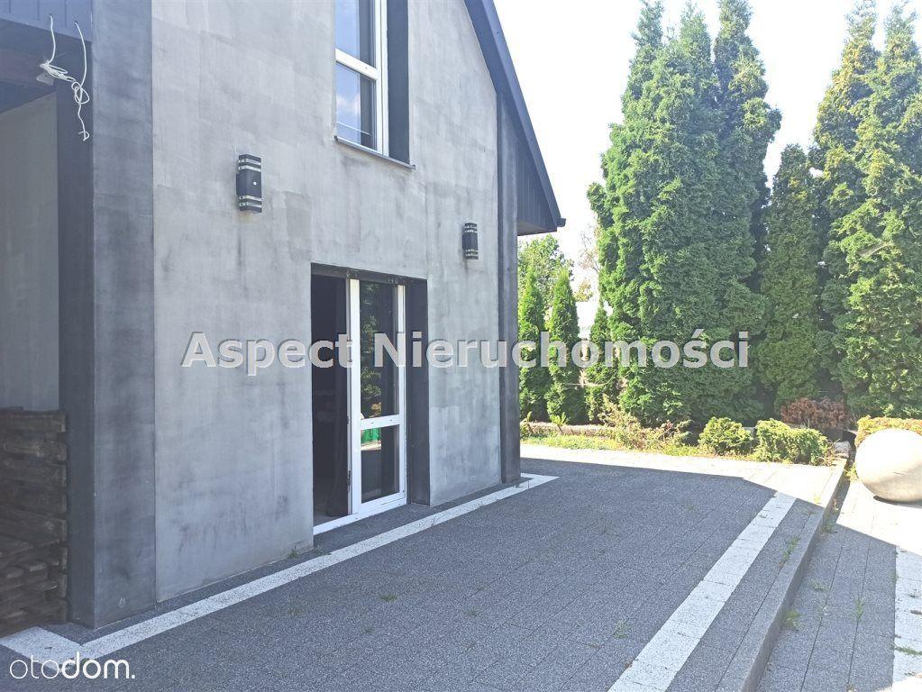 Dom, 55 m², Radom