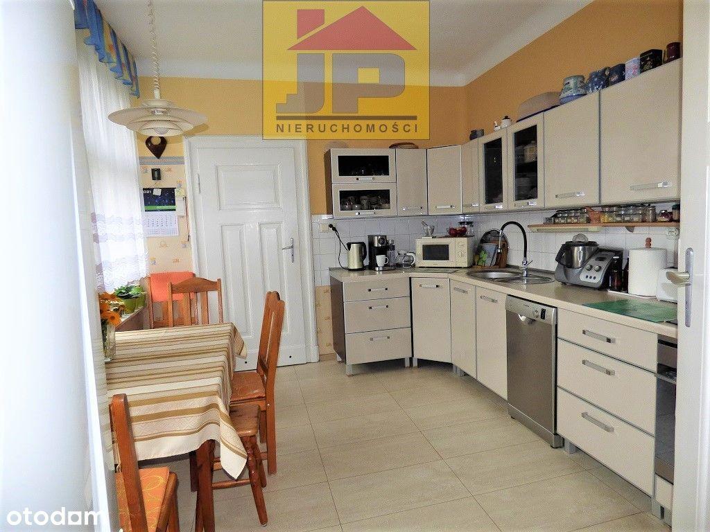 Mieszkanie z dużym ogrdem i garażem of. 2113M