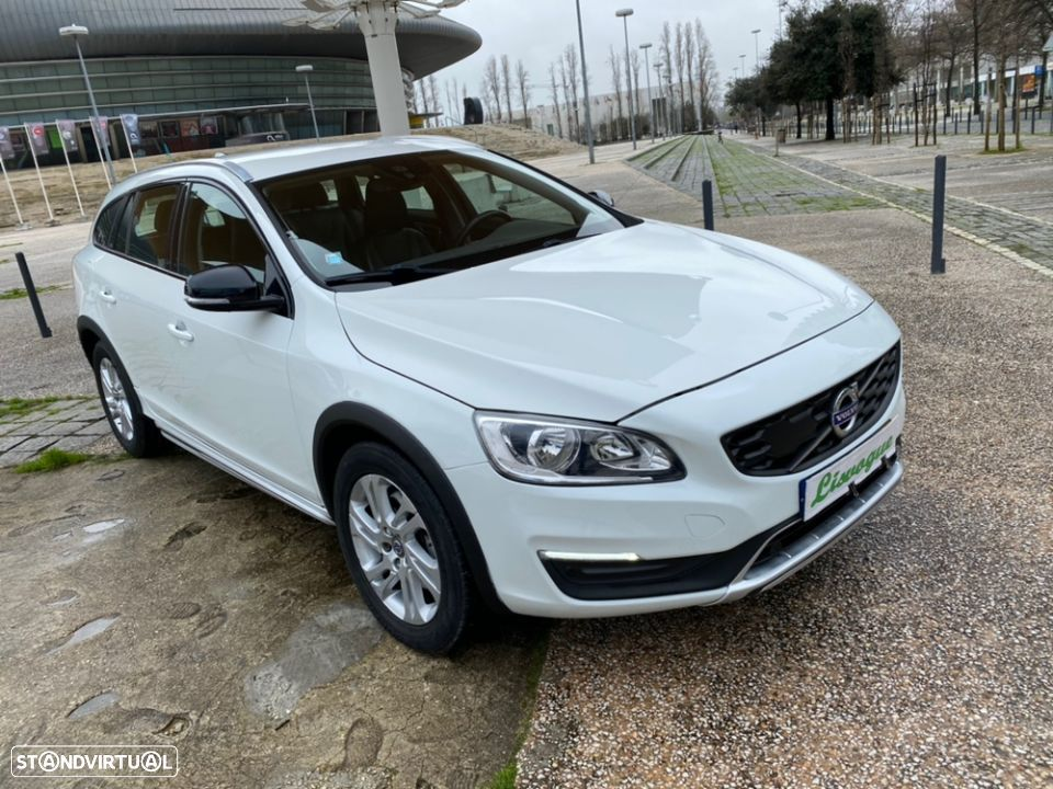 Volvo V60 Cross Country 2.0 D3 Geatronic - 3