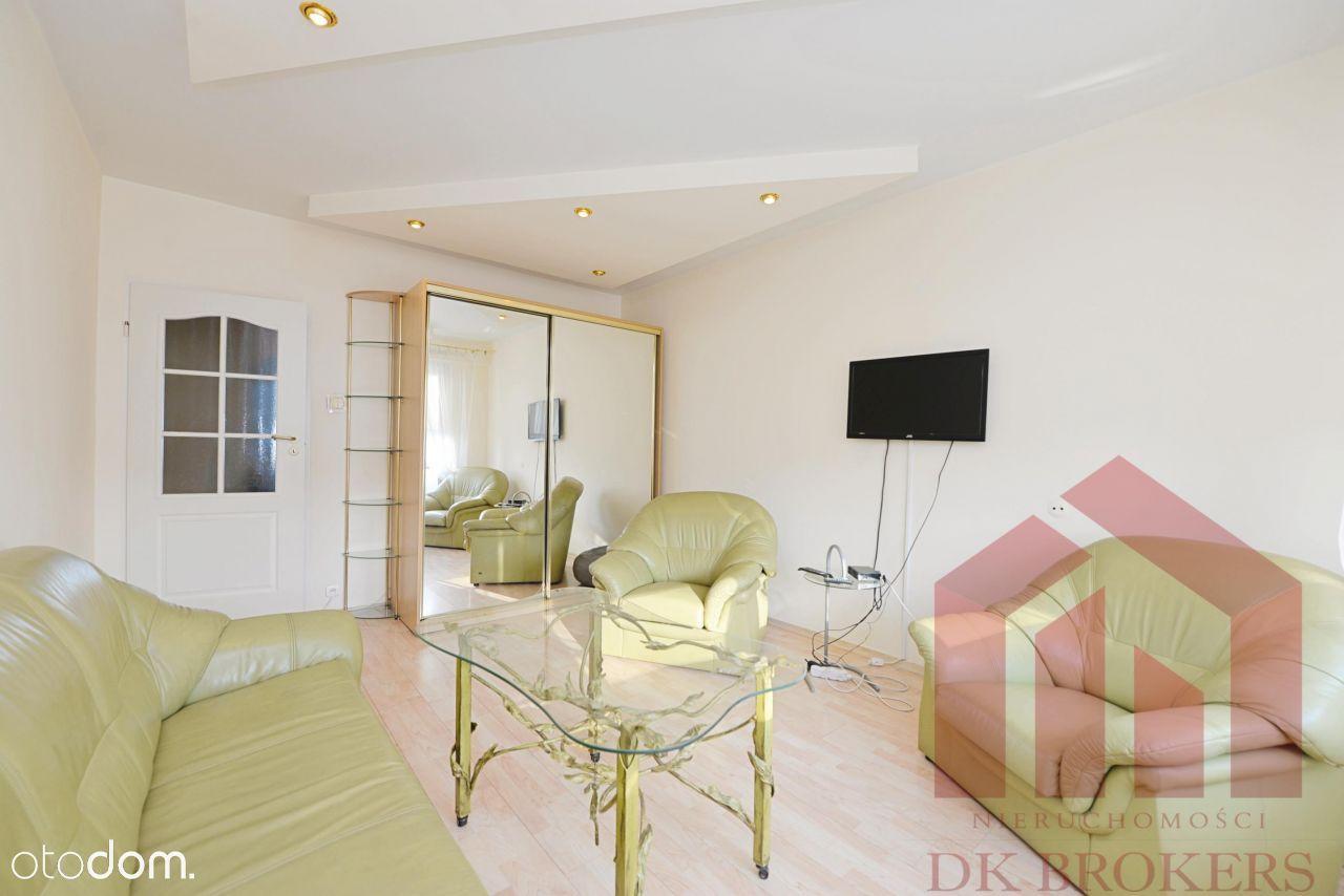Idealne mieszkanie dla studentów lub rodziny.