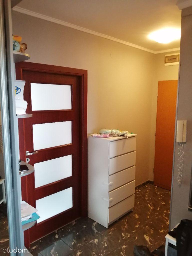 2 pokoje, ciche osiedle z ochroną