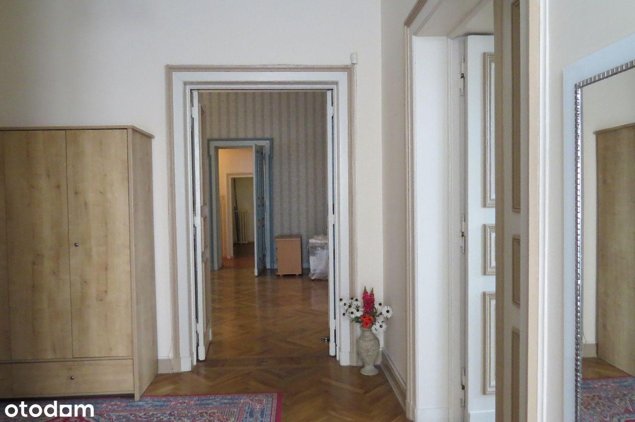 Komfortowe mieszkanie w Centrum Łodzi (200 m.kw.)