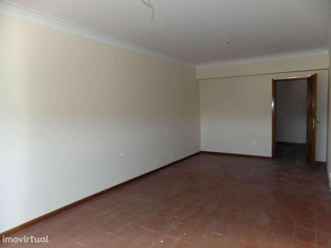 Apartamento para arrendar, Oliveira do Douro, Porto - Foto 6