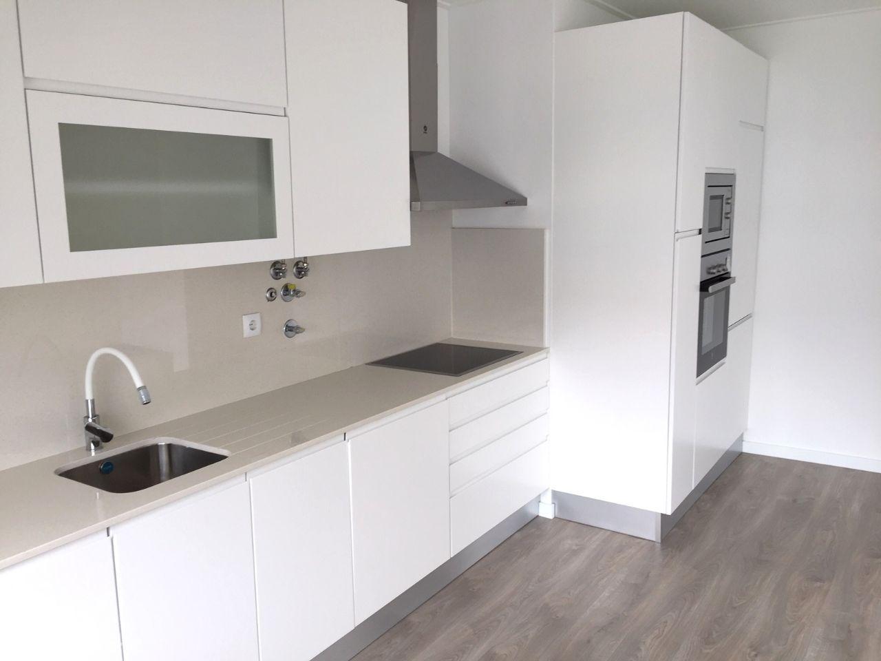 Apartamento T2 - Totalmente Remodelado - 1ºAndar