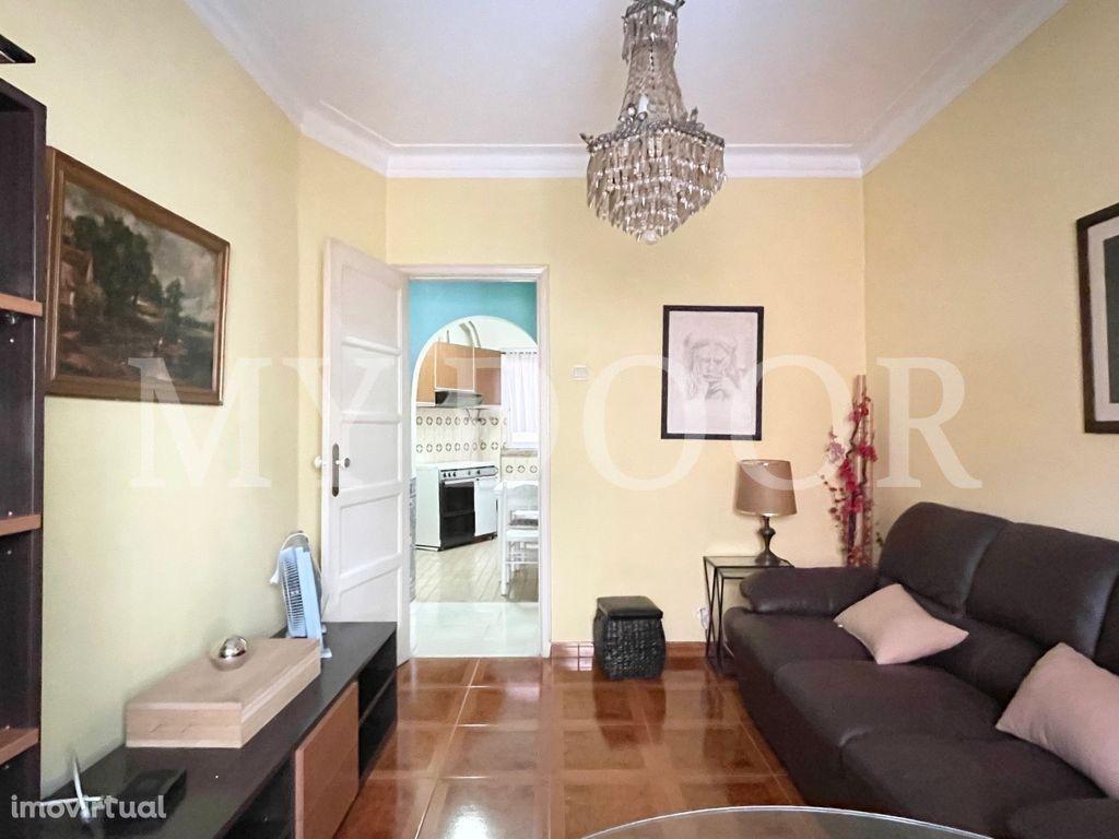 Apartamento T2 em Moscavide - 1º andar - Oportunidade