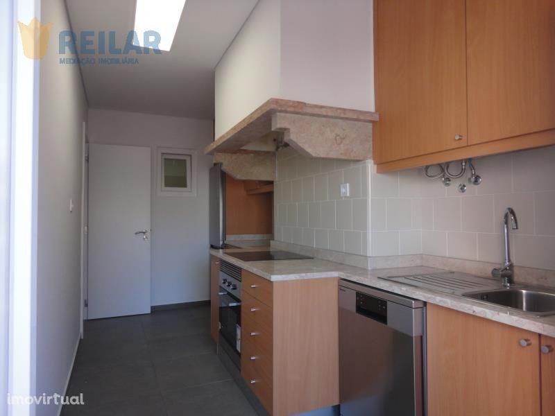 Moscavide - T2+1 Remodelado - € 750