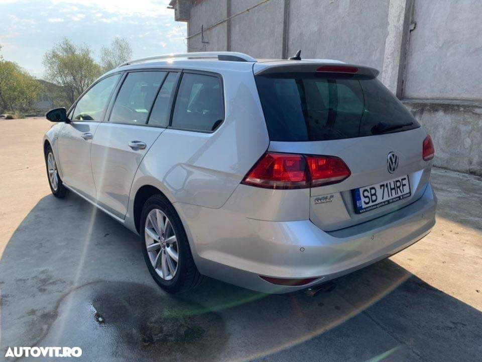 Volkswagen Golf 2.0 - 8