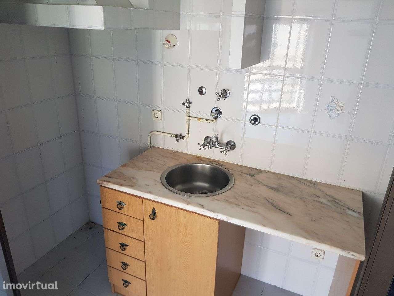 Apartamento para arrendar, Santarém (Marvila), Santa Iria da Ribeira de Santarém, Santarém (São Salvador) e Santarém (São Nicolau), Santarém - Foto 5