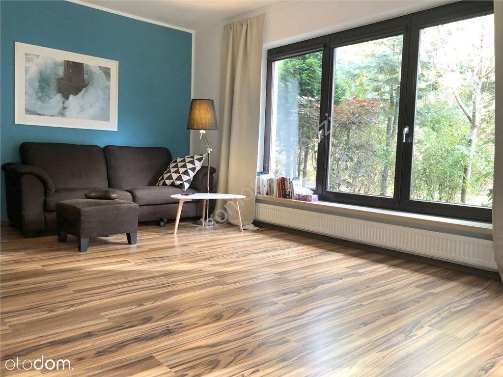Dom, 195 m², Czarny Las