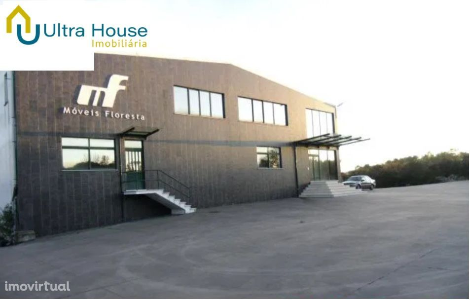 Armazém na zona Industrial, Vilar dos Prazeres em Ourém, bons acesso.