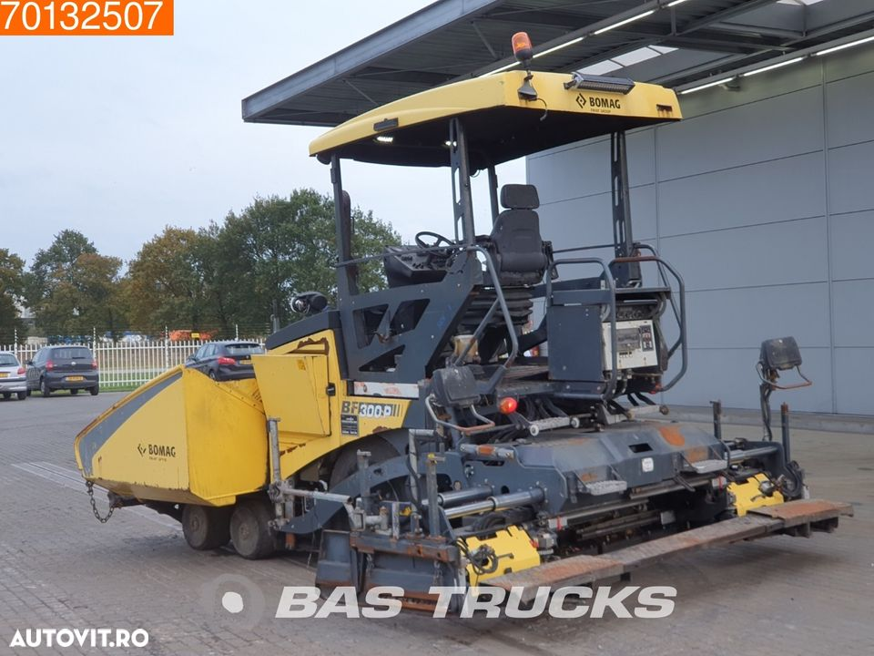 Bomag BF300P - 2