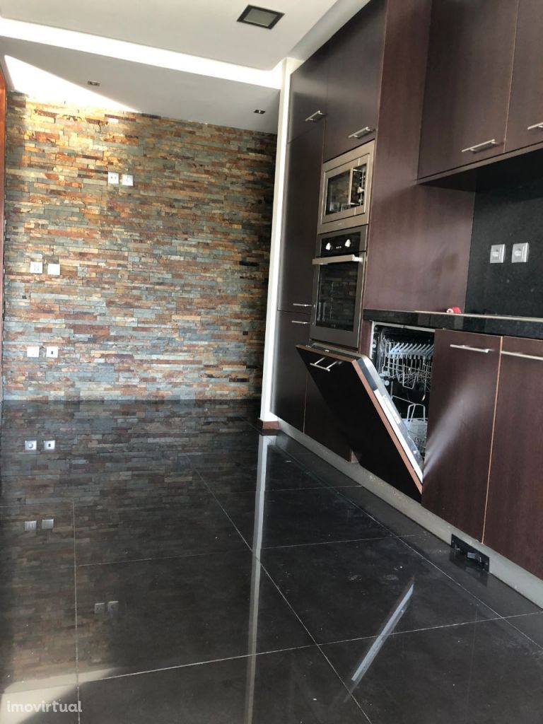 T3 Canidelo, boas áreas, varanda, suite, box, design moderno