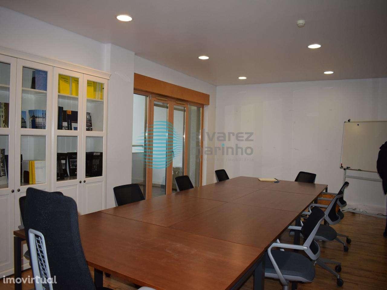 Escritório para arrendar, Torres Vedras (São Pedro, Santiago, Santa Maria do Castelo e São Miguel) e Matacães, Lisboa - Foto 21