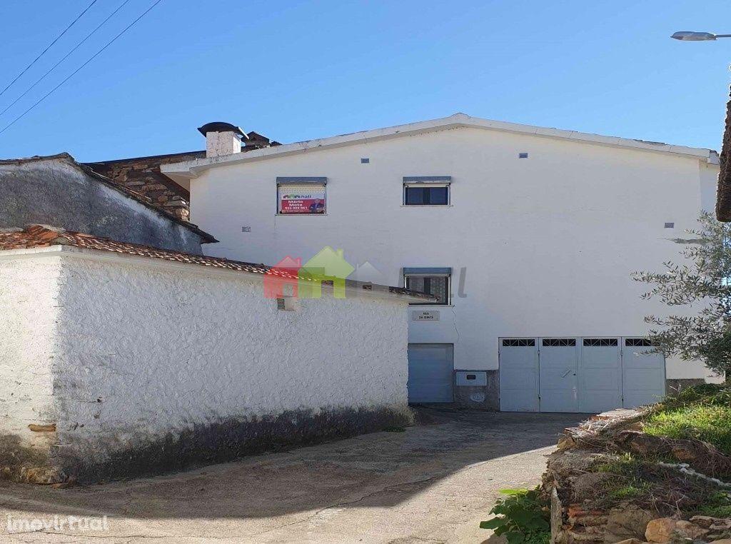 Prédio em Cabril – Pampilhosa da Serra – 45.000 €