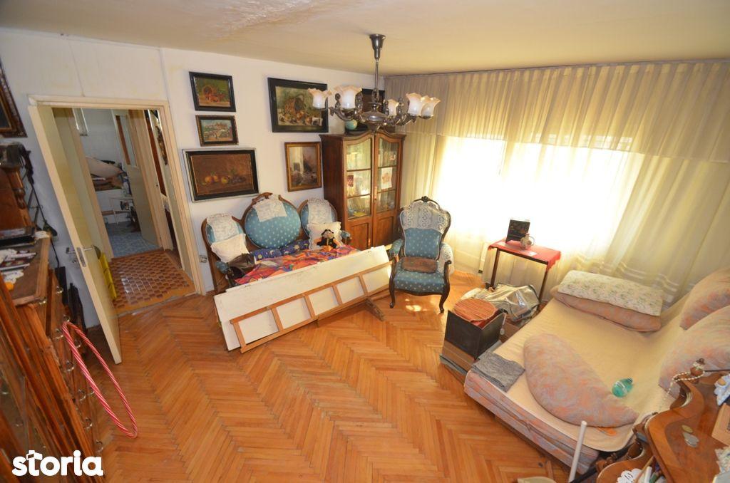 Apartament, 60 m²,