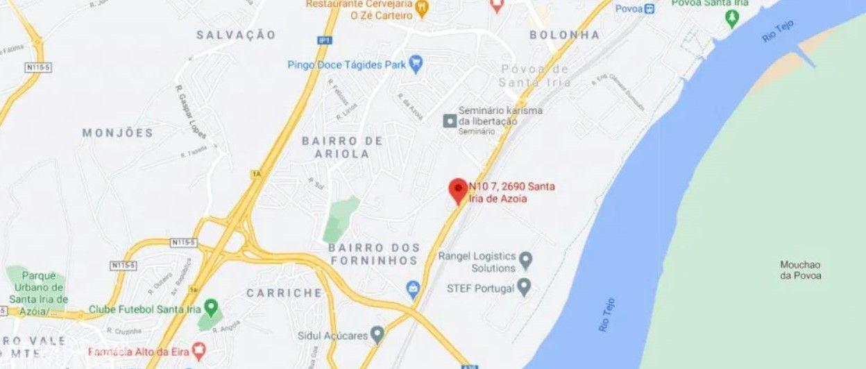 Arrenda-se loja - Santa Iria da Azóia, várias entradas e 6000 m2.