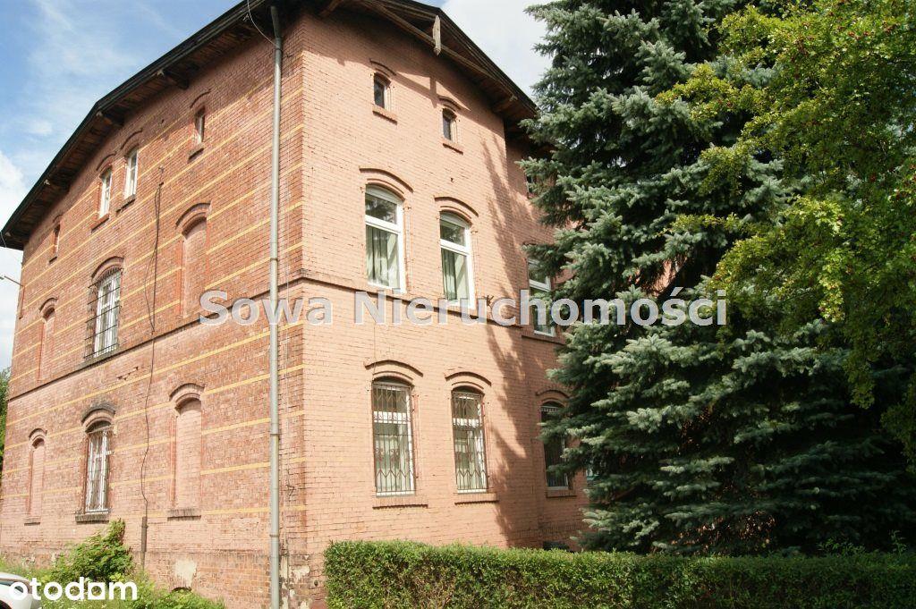Dom, 740 m², Wałbrzych
