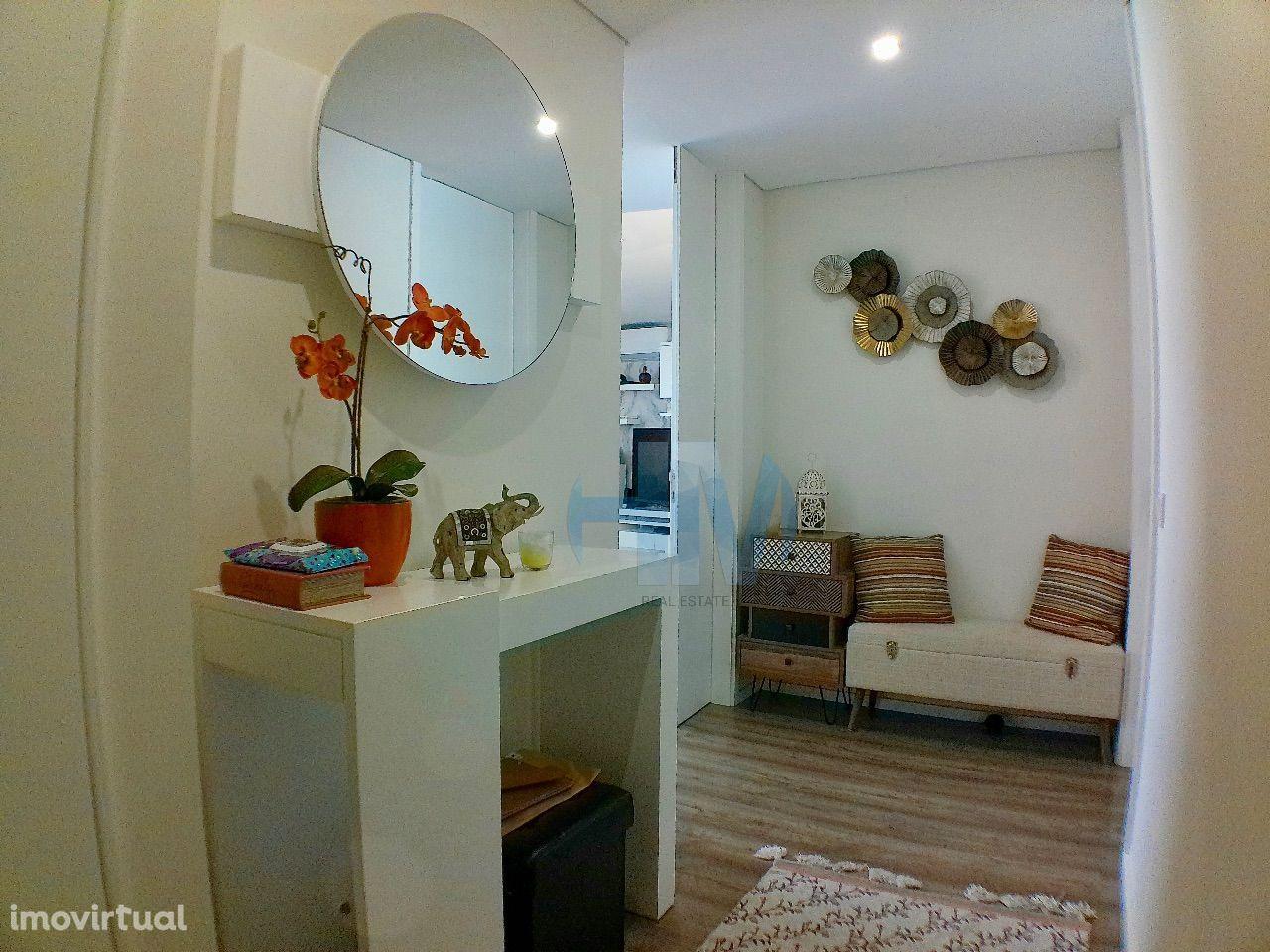Apartamento T3 como NOVO (2019) situado em Rio Tinto (Venda Nova)