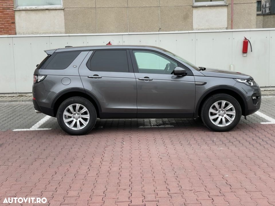 Land Rover Discovery Sport - 13